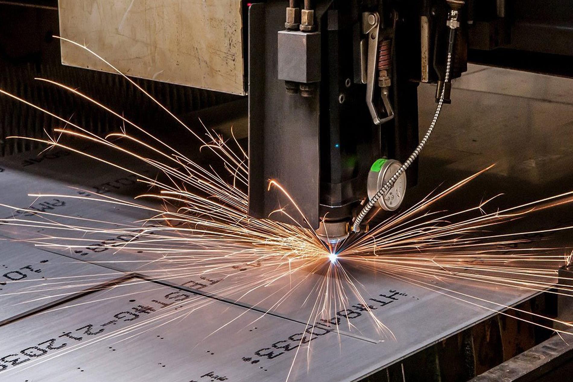 برش لیزری مصرف بسیار پایینی از انرژی دارد - گروه صنعتی ایران فلز